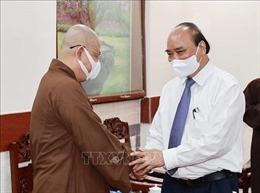 Chủ tịch nước Nguyễn Xuân Phúc tiếp các chức sắc tôn giáo huyện Hóc Môn