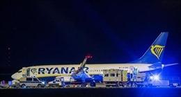 Máy bay của hãng Ryanair hạ cánh khẩn cấp xuống Berlin do đe dọa có bom