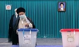 Hàng triệu cử tri Iran đi bỏ phiếu bầu Tổng thống