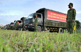 'Bộ đội Cụ Hồ' tham gia chống dịch, giúp nhân dân
