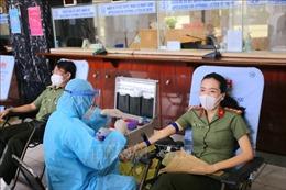 Trên 200 cán bộ chiến sỹ Bộ Công an hiến máu tình nguyện