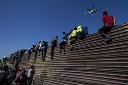 Liên hợp quốc kêu gọi bảo vệ đoàn người di cư tới biên giới Mỹ - Mexico