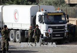 Phân phát hàng viện trợ nhân đạo của Pháp tới Đông Ghouta
