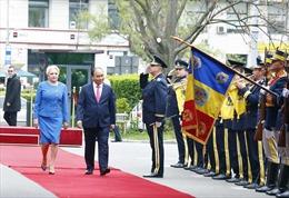 Thủ tướng Romania chủ trì lễ đón chính thức Thủ tướng Nguyễn Xuân Phúc