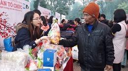 Cảm động Phiên chợ Tết 0 đồng cho bệnh nhân nghèo tại Hà Nội