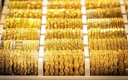 Giá vàng châu Á vượt mốc 1.900 USD/ounce phiên cuối tuần