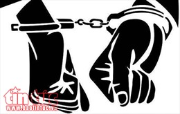 An Giang: Khởi tố 2 bị can chống người thi hành công vụ và bắt giữ người trái phép
