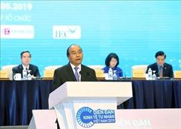 Thủ tướng dự phiên toàn thể Diễn đàn Kinh tế tư nhân Việt Nam 2019