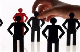 Bố trí, sắp xếp thực hiện chế độ chính sách đối với cán bộ lãnh đạo, quản lý không đủ tuổi tái cử cấp ủy và HĐND, UBND