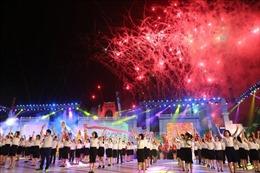 Lễ hội Đền Hùng 2019: Lung linh sắc màu lễ hội dân gian đường phố