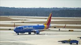 Trục trặc động cơ, một máy bay Boeing 737 MAX phải hạ cánh khẩn cấp ở Mỹ