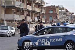 Italy triệt phá đường dây mafia gian lận đánh bạc quốc tế