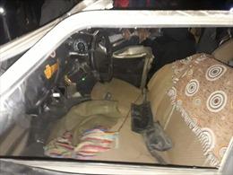 Xe chở khách sau lễ đính hôn bị xe tải tông biến dạng, ít nhất 11 người thiệt mạng