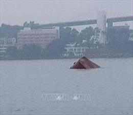 Thuyền trưởng tử nạn vì mắc kẹt trong cabin tàu gãy đôi, chìm xuống vịnh Hạ Long
