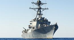 Tàu khu trục đứt cáp, năm sĩ quan hải quân thương vong