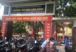 Yêu cầu kiểm tra việc lạm thu tại trường tiểu học Sơn Đồng