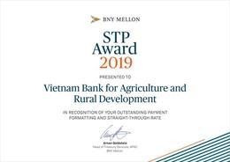 Agribank nhận giải thưởng Tỷ lệ điện thanh toán chuẩn xuất sắc năm 2019