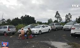 Tạm giữ 30 ô tô trong vụ đánh bạc quy mô lớn ở Phú Yên