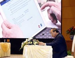 Đẩy mạnh ứng dụng công nghệ thông tin, xây dựng Chính phủ điện tử