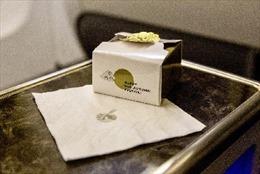 Qatar Airways chiêu đãi hành khách ở châu Á – Thái Bình Dương món bánh Trung thu