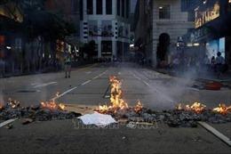 Cảnh sát Hong Kong thu giữ nhiều vũ khí nghi liên quan đến người biểu tình