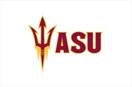He Peizhang, sinh viên Trung Quốc tại Đại học Arizona gây ấn tượng tại Giải bóng đá Mỹ NCAA