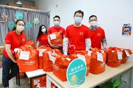 Chinachem cùng với Foodlink Foundation phân phát 2.500 gói thực phẩm cho người nghèo ở Hồng Kông