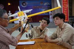 Giáo sư Nhật Bản nâng cánh ước mơ cho sinh viên Việt Nam