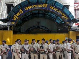 79 tù nhân Ấn Độ nhập viện do nghi ngộ độc thức ăn