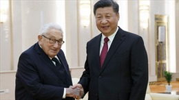 Cựu Ngoại trưởng Mỹ Henry Kissinger gặp Chủ tịch Tập Cận Bình