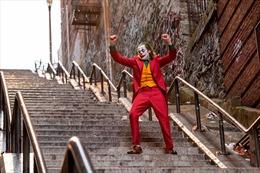 Giải Oscar Nam diễn viên xuất sắc nhất thuộc về Joaquin Phoenix trong phim Joker
