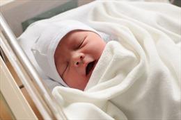 Ngôi làng Italy đón đứa trẻ đầu tiên chào đời sau 8 năm