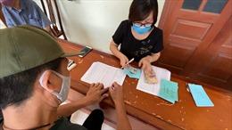 Hà Nội ứng tiền chi trả hỗ trợ người bị ảnh hưởng bởi dịch COVID-19 trong kỳ nghỉ lễ