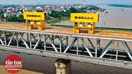 Toàn cảnh công trường sửa chữa cầu Thăng Long