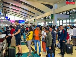 Hà Nội yêu cầu các quận, huyện rà soát lại việc đeo khẩu trang nơi công cộng