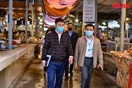 Hà Nội: Ra quân nhắc nhở, xử phạt người dân không đeo khẩu trang