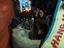 Mùa đông 'Ấm'  với người vô gia cư Hà Nội