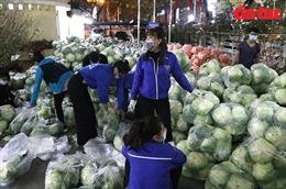 Đoàn thanh niên Thủ đô tham gia 'giải cứu' nông sản vùng dịch