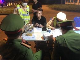 Phát hiện 2 lái xe dương tính với ma túy trên cao tốc Hà Nội - Hải Phòng - Quảng Ninh