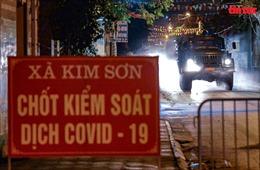 Xuyên đêm phun khử trùng xã Kim Sơn có 4 học sinh mắc COVID-19