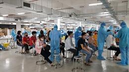 Hà Nội hỗ trợ Bắc Giang xét nghiệm 10.000 mẫu COVID-19 trong đêm 16/5