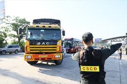 Thành ủy Hà Nội yêu cầu kiểm tra xe cứu thương, xe công vụ trong thời gian giãn cách