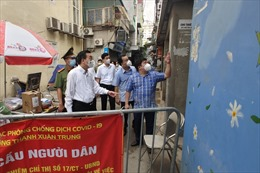 Hà Nội xét nghiệm bắt buộc người trong khu phong tỏa ở quận Thanh Xuân