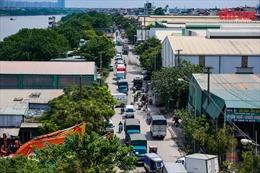 Ùn tắc kéo dài tại Cảng Hà Nội sau khi nới lỏng giãn cách