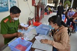 TP Hồ Chí Minh: Bố trí 50% số lượng cán bộ, công chức làm việc online