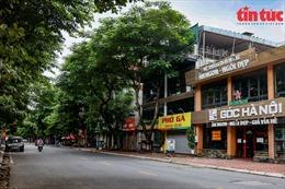 Tổng hợp COVID-19 ngày 13/10: Hà Nội cho phép ăn uống phục vụ tại chỗ từ sáng 14/10; nhiều hoạt động được các tỉnh nới lỏng