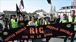 Tiếp tục biểu tình 'Áo vàng'qui mô lớn tại nhiều thành phố ở Pháp