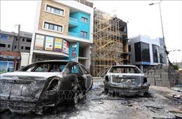 Trung tâm thủ đô Tripoli của Libya bị tấn công bằng rocket