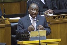 Chính phủ Nam Phi bị kiện vì không ngăn chặn khí phát thải từ các nhà máy điện và hóa dầu