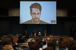 Bộ Tư pháp Mỹ kiện E.Snowden về cuốn sách mới
